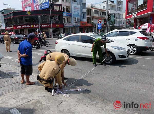 Đà Nẵng: Du khách quốc tế chụp ảnh TNGT do tranh nhau vượt đèn đỏ - 1