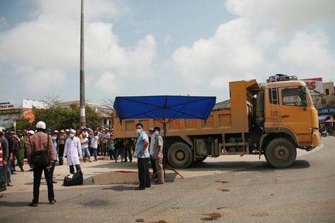 Xác minh thông tin tài xế xe tải cố tông chết người - 4