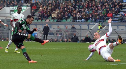 Sassuolo - Milan: Trở lại mặt đất - 1