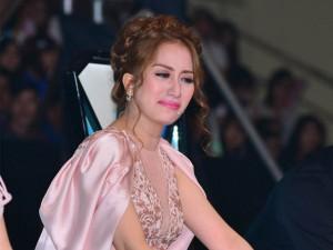 Giải trí - Khánh Thi khóc chuyện tình cũ khiến Chí Anh bối rối