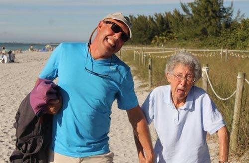 Cụ bà từ chối điều trị ung thư để đi du lịch khắp nơi - 3
