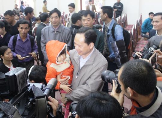 Thắt chặt an ninh cuộc đối thoại giữa Bí thư Thanh Hóa và dân Sầm Sơn - 3