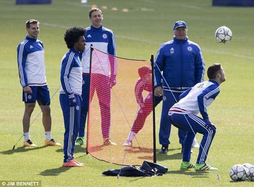 PSG chơi chiêu, dụ dỗ sát thủ của Chelsea - 3