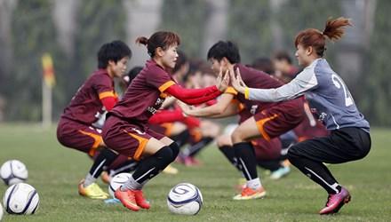 Phút chạnh lòng của đội tuyển bóng đá nữ - 1