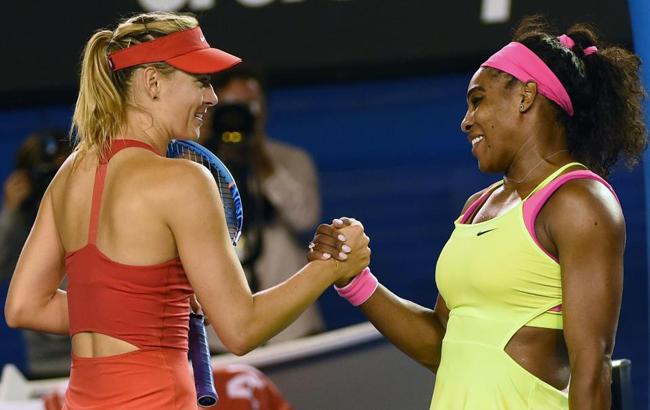 Sharapova kiếm được 36 triệu USD trong suốt sự nghiệp quần vợt, chỉ kém Serena 75 triệu USD. Số tiền này đến từ 35 chức vô địch WTA và 58 trận chung kết.