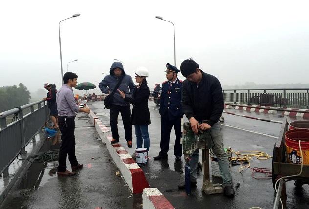 Một số loại xe đã được lưu thông qua cầu An Thái - 4