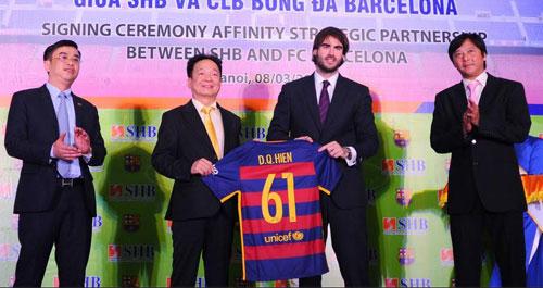 Barca quan tâm fan Việt, xem xét đưa Messi tới Hà Nội - 1