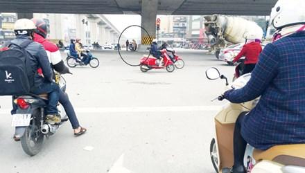 """Hà Nội: Nhiều người bị phạt oan vì """"ma trận"""" giao thông - 1"""