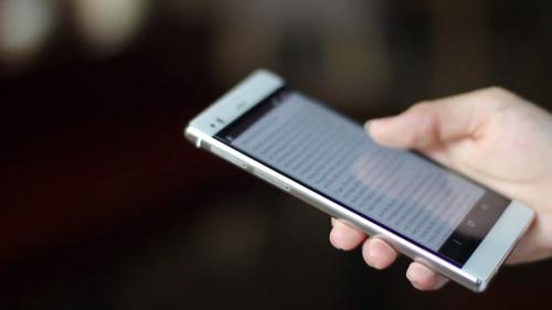 Arbutus AR3 - Smartphone chiếm được cảm tình của phái đẹp - 5