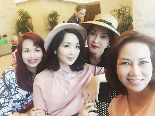 Facebook 9/3: Khánh Thi - Phan Hiển dẹp tin đồn tan vỡ - 8