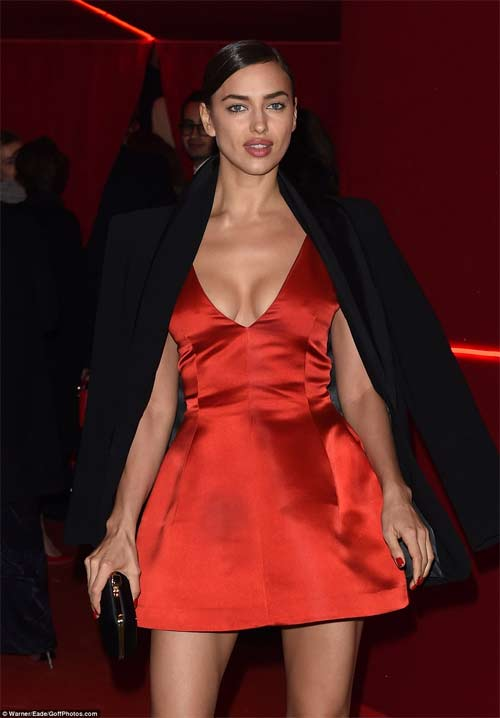 Irina Shayk đẹp quyến rũ và rực rỡ bên người tình - 2