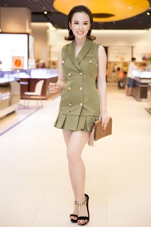 Angela Phương Trinh kín đáo vẫn rạng ngời xinh đẹp - 3