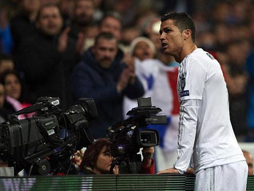 Ronaldo thăng hoa nhờ sắp lên chức cha lần 2? - 3