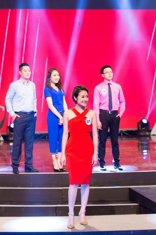 """""""Vẻ đẹp VTV"""": MC Trúc Mai, Phí Thùy Linh dành giải thưởng của IVY moda - 8"""