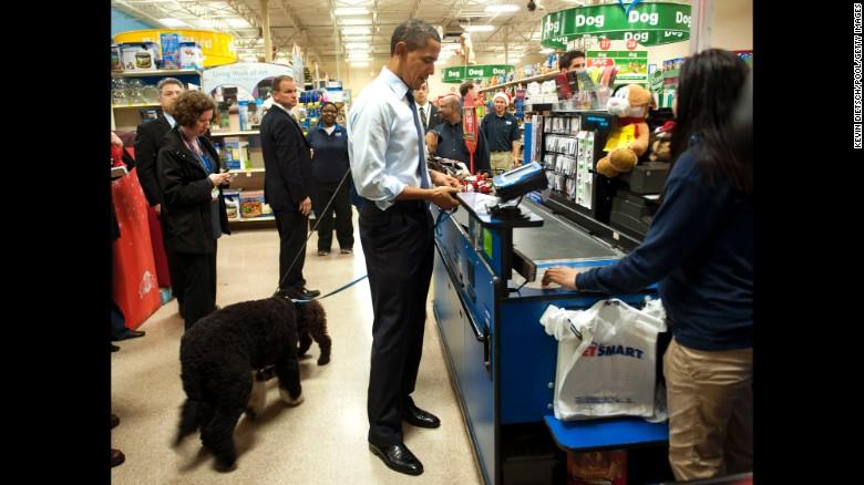 "Obama 54 tuổi vẫn ""lớn"" thêm 1cm - 2"