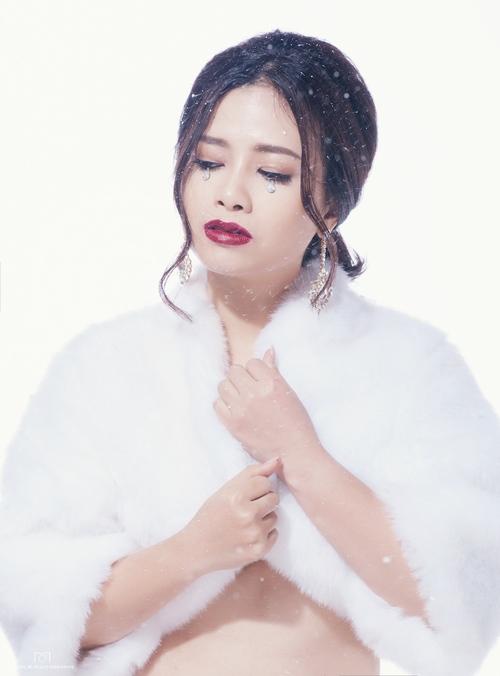 Dương Hoàng Yến hát ca khúc viết từ tình yêu đồng giới - 2