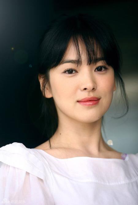 """Cách làm đẹp rẻ tiền của """"nữ thần"""" Song Hye Kyo - 4"""