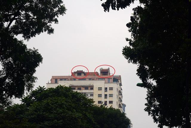 Cận cảnh những ngôi chùa trên nóc chung cư ở Thủ đô - 1