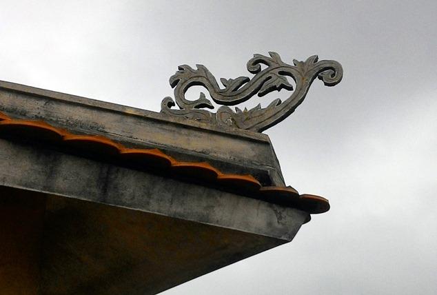 Cận cảnh những ngôi chùa trên nóc chung cư ở Thủ đô - 6