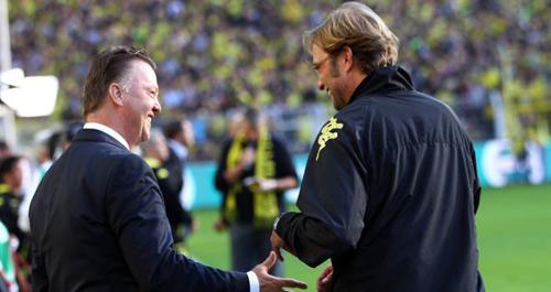 Klopp đấu trí Van Gaal: Xứng danh kình địch - 1