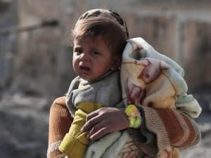 """Đau thương cảnh 25 vạn trẻ em Syria """"chờ ngày chết"""""""