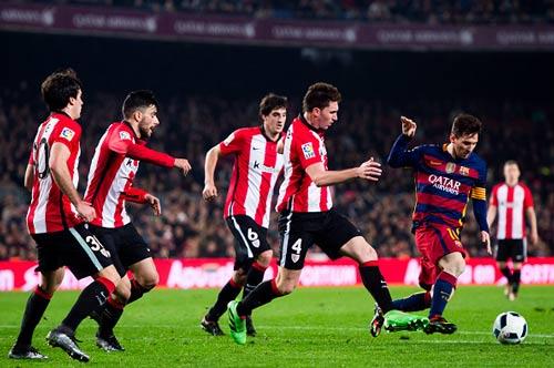 So tài Ronaldo-Messi: Ai chỉ giỏi bắt nạt đội nhỏ? (P2) - 2
