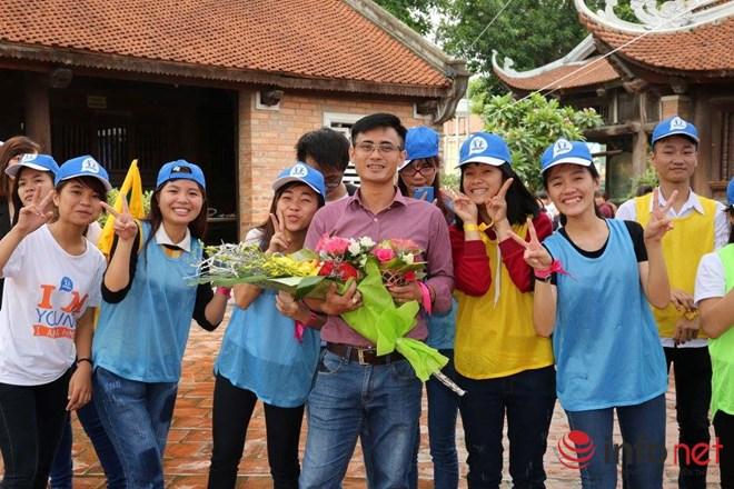 Thầy giáo đẹp trai chia sẻ bí quyết ôn tập tốt môn Toán thi THPT năm 2016 - 2