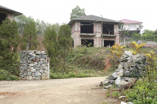 Phát hiện thêm 52 biệt thự xây trên đất rừng Ba Vì - 1