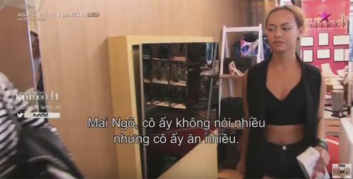 """Mẫu Việt """"siêu vòng 3"""" bị chê ăn nhiều khi thi quốc tế - 1"""