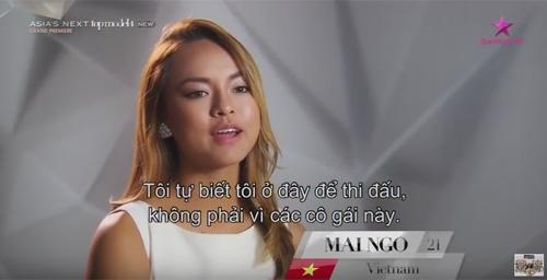 """Mẫu Việt """"siêu vòng 3"""" bị chê ăn nhiều khi thi quốc tế - 3"""