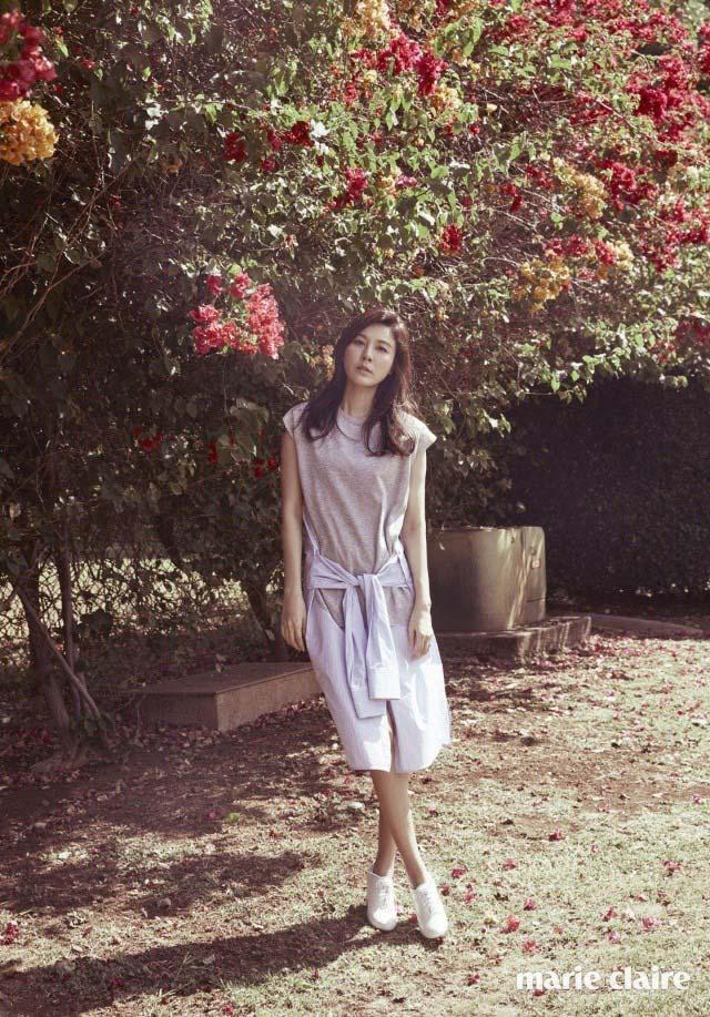 Kim Ha Neul quá trẻ đẹp so với tuổi 38 trong ảnh cưới - 7