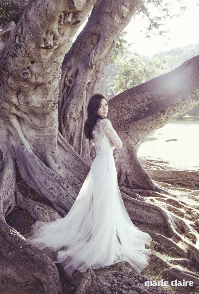 Kim Ha Neul quá trẻ đẹp so với tuổi 38 trong ảnh cưới - 5