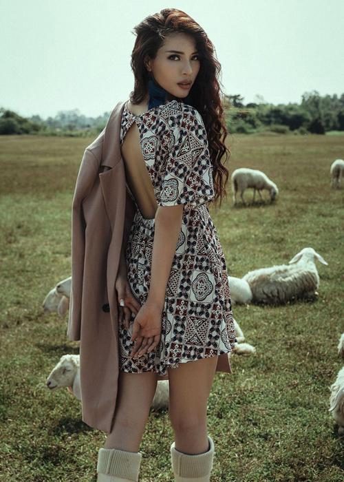 Siêu mẫu Việt Nam Khả Trang từng xuất gia nhiều năm - 5