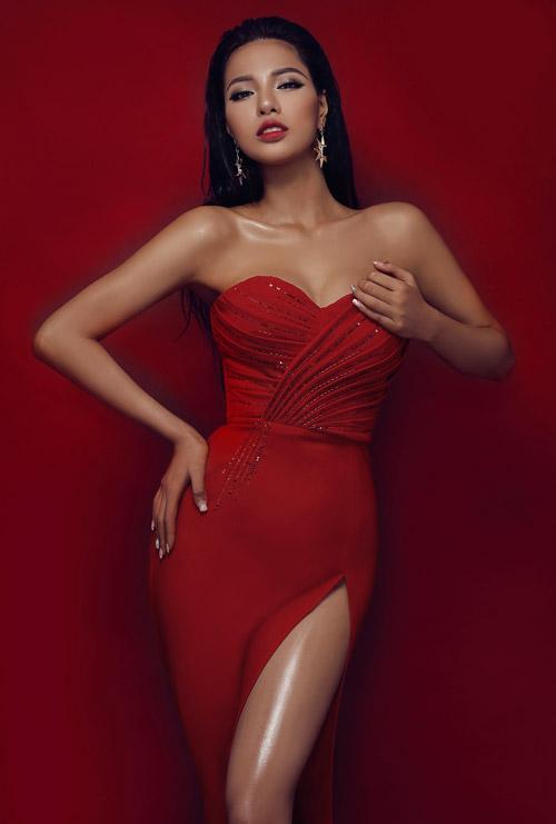 Siêu mẫu Việt Nam Khả Trang từng xuất gia nhiều năm - 7