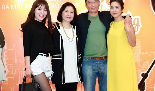 Hai bà mẹ chồng văn nghệ sĩ tài năng ít người biết của sao Việt - 7