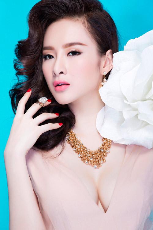 Angela Phương Trinh tốn 17 triệu mỗi tháng để làm đẹp - 1