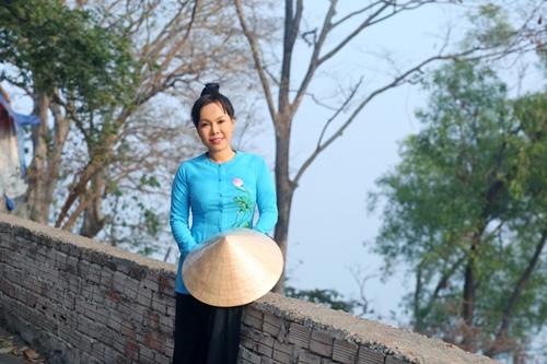 Danh hài Việt Hương khiến người nghèo Đồng Nai xúc động - 14