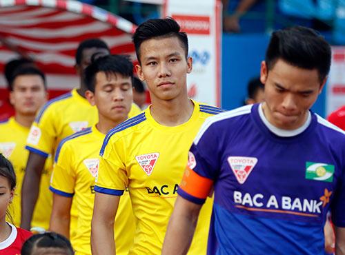 Ngọc Hải, Văn Pho và nền kỷ luật mập mờ của V-League - 1