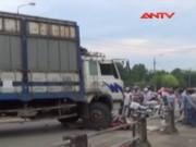 """Tin tức Việt Nam - Nỗi ám ảnh từ những """"hung thần"""" xe tải"""