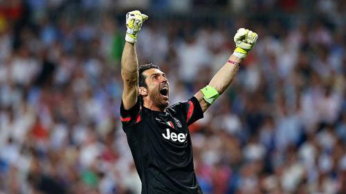 Serie A trước vòng 29: Đố ai đánh bại Buffon - 2