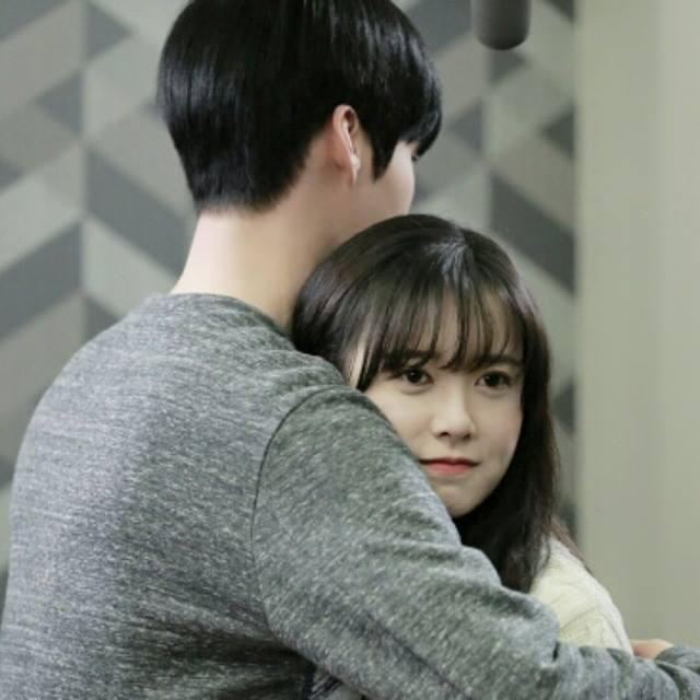 """""""Nàng Cỏ"""" Goo Hye Sun thừa nhận yêu phi công trẻ - 7"""