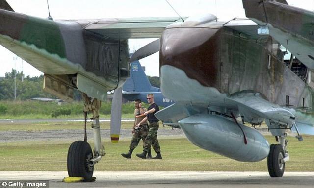 """Mỹ tân trang máy bay """"cổ lỗ sĩ"""" để đánh IS - 2"""