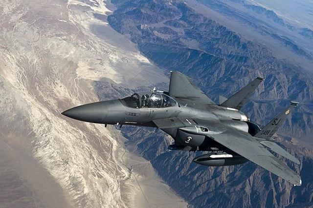 """Mỹ tân trang máy bay """"cổ lỗ sĩ"""" để đánh IS - 4"""