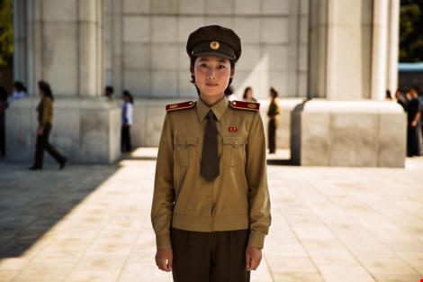 Ngắm vẻ đẹp mộc mạc của phụ nữ Triều Tiên - 10