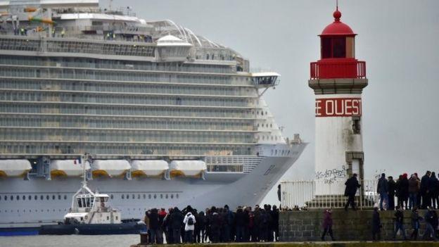 """Con tàu lớn nhất thế giới """"lên đường"""" - 2"""