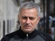 """Bóng đá - Tiết lộ: Van Gaal """"sa lầy"""", Mourinho nóng lòng tới MU"""
