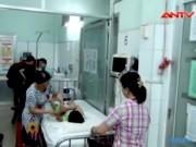Video An ninh - TP.HCM: Hàng chục học sinh nhập viện nghi bị ngộ độc