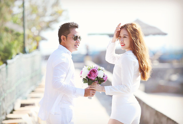 Bà xã xinh đẹp, kín tiếng của vợ các tài tử màn ảnh Việt - 6