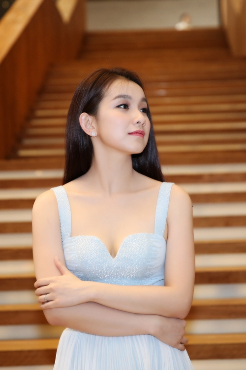 Hoa hậu Thùy Lâm xinh như thiên thần - 6