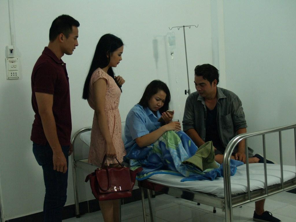 Dương Cẩm Lynh vào vai cô gái mồ côi bị ngược đãi - 6
